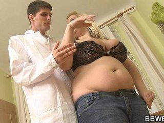 Dirty doctor fucks his huge patient