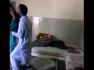 Pakistani Bhabhi Secret Affair Leaked Online - FuckMyPakistaniGF.com