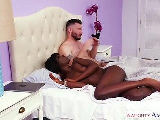 Black girl, white guy, HOT sex! Naughty America